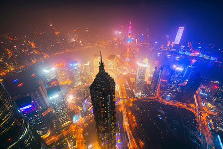 上海的平流雾夜景图片