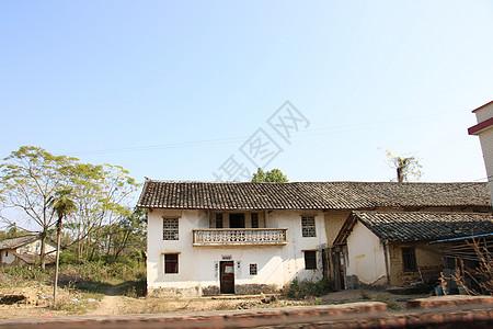 老旧农村瓦房高清图片