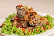 炒烤鲫鱼图片