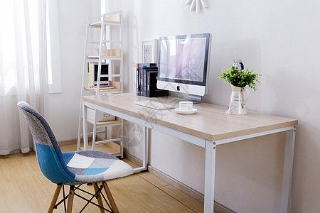 苹果电脑咖啡电脑桌办公桌图片