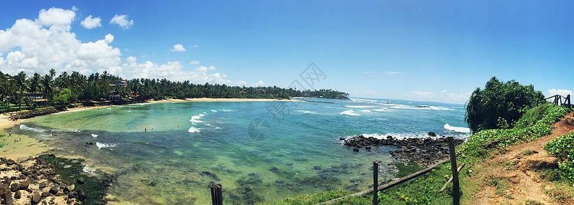 海边散步图片