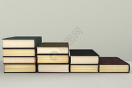书籍阶梯图片
