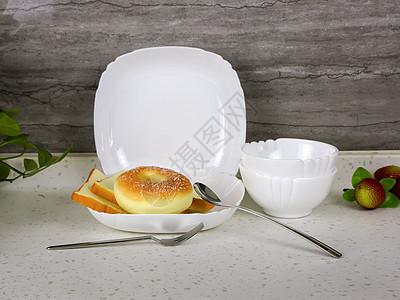 美食餐具和餐桌图片
