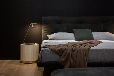 现代风格卧室床品图片