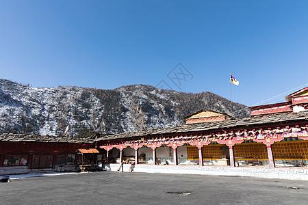 稻城奔波寺寺庙图片