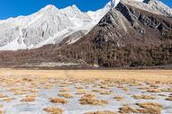 稻城亚丁雪山风光图片