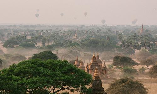 缅甸蒲甘佛塔风光图片
