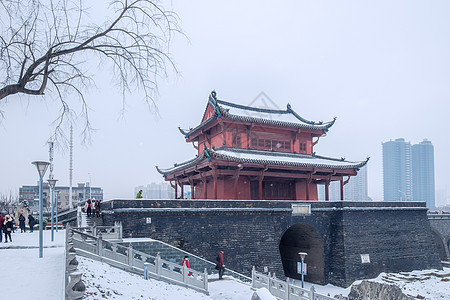 武汉起义门雪景图片