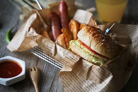 美式田园香肠汉堡快餐图片
