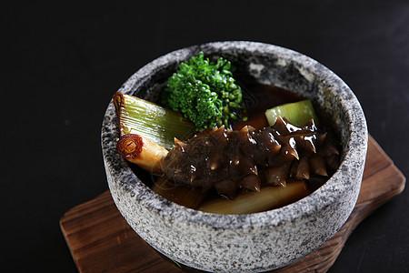 石锅红烧海参 图片