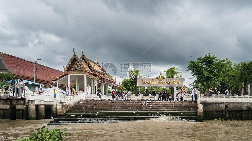 泰国湄南河码头图片