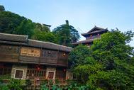 蓝天下的中国民居村落图片