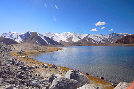 新疆喀什帕米尔高原白沙湖风光摄影图片