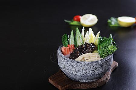 杂菜石锅煨海参 图片