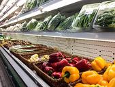 超市过年期间农副食品采购有机食品货架图片