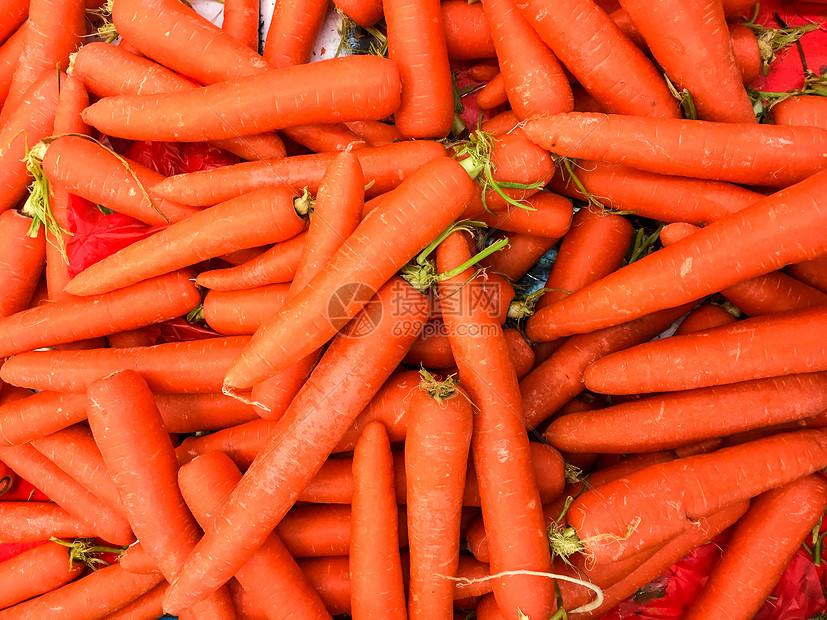 超市过年期间农副食品采购胡萝卜图片