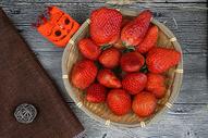 年货草莓图片