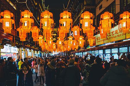 元宵节灯会观灯的人群图片