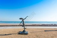 青岛海边雕塑公园图片