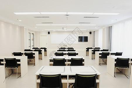 简洁教室图片