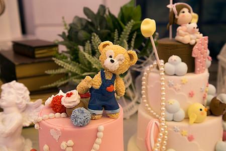儿童节小熊静物图片