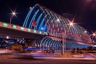 夜幕下的城市立交桥图片