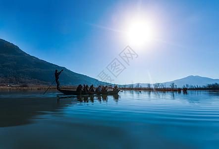云南束河撑船图片