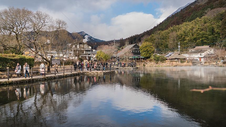 日本大分汤布院金鳞湖图片