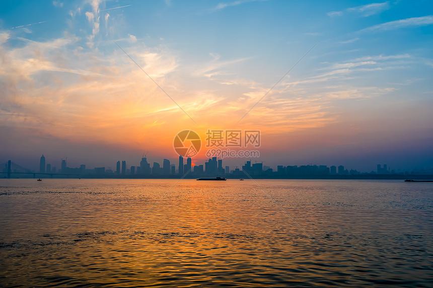 武汉长江黄昏图片