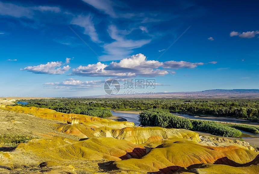 新疆五彩滩旅游景点美图图片