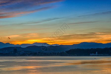 大理洱海的晨曦图片