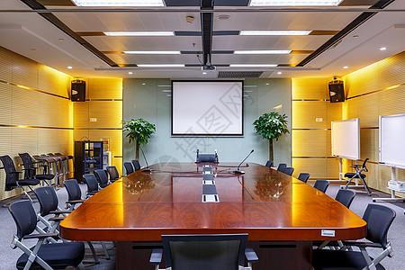 酒店宽敞明亮的会议室图片