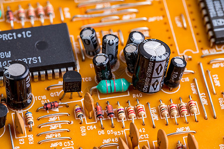 电路板上的元器件图片