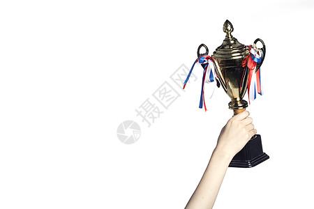 手拿奖杯图片