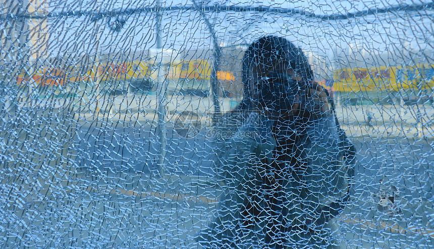 蓝色碎玻璃背景图片