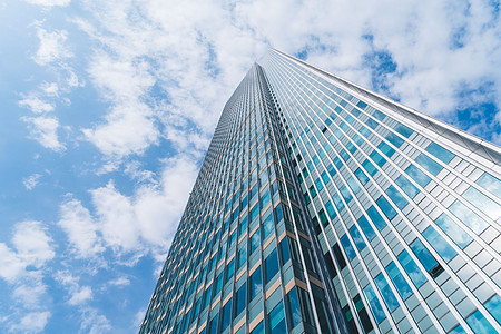 蓝天白云建筑外立面图片
