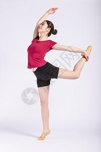 年轻女孩舞蹈身韵动作图片