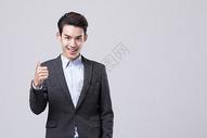 商务男性点赞手势动作图片