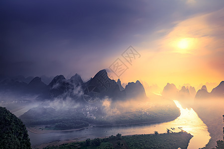 桂林阳朔大面山日出图片