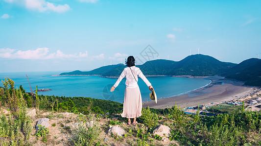 旅行女性背影图片