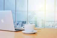 办公桌面场景图片