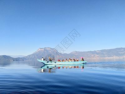 丽江泸沽湖风景图片