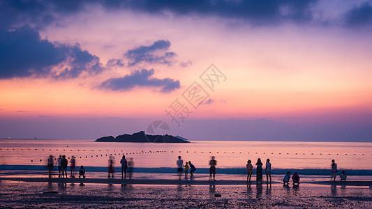 紫色梦幻日出图片