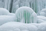 冬日冰瀑图片