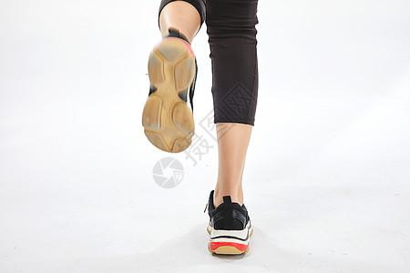 跑步的脚步图片