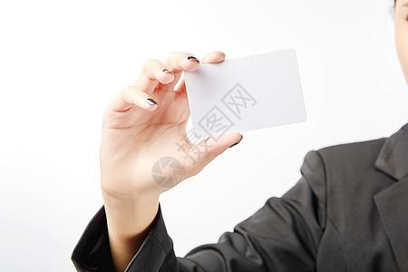 商务女性手持卡片动作图片