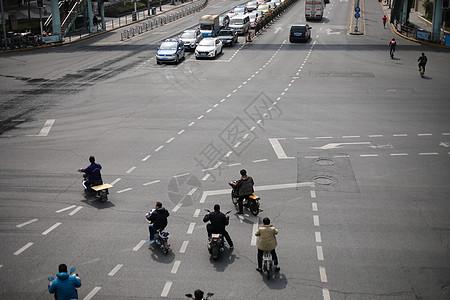 非机动车左转弯通行图片
