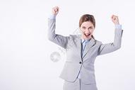 开心欢呼的外国商务女性图片
