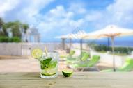 冷饮   海边 背景图片