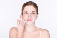 美容护肤外国女性图片